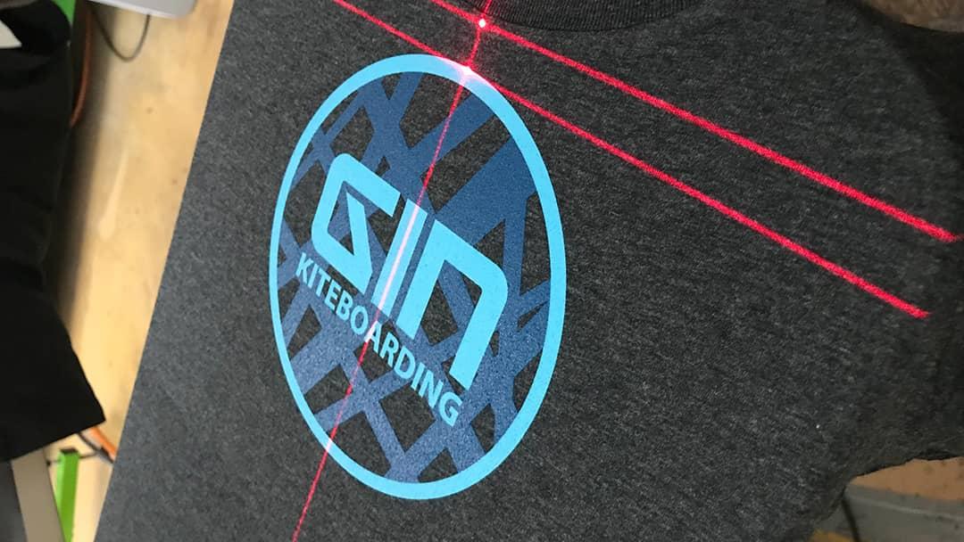 Gin kiteboarding - Sérigraphie par pointage laser