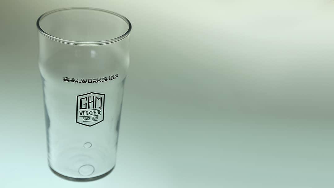 Verre à bière GHM Workshop - Impression sur verre par tampographie - Mabasi Lab imprimeur